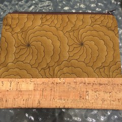 Zippered clutch purse