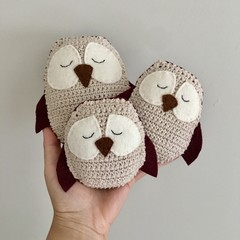 Owl family in beetroot purple, set of 3
