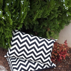 CHEVRON OUTDOOR LUMBAR CUSHION