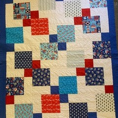 Disappearing 9 patch Quilt in Nautical pattern - double - Boys bed