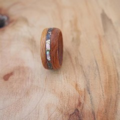 5th Wedding Anniversary wood and 17th Anniversary Shell.  Unisex ring.