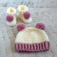 Handmade Crochet Knitted Newborn Pompom Baby Beanie Bonnet Hat & Booties