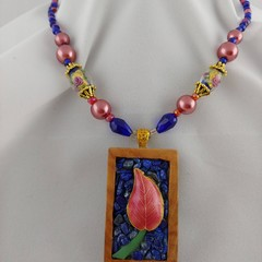 Lily Pilly Necklace with Lapis Lazuli