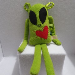 Little Flatterz Alien, Small Baby Plush Tag Toy, kids gift, collectable