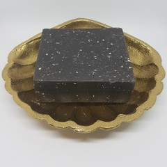 Artisan Soap Charcoal, Cinnamon and Oat
