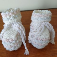 Booties - white/pink/blue (0-3 months)