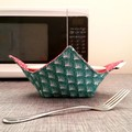 Hot Bowl Cozy | Hot Bowl Holder | Green and Red | Reversible