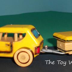 Mini Caravan Camper-Trailer & Sedan