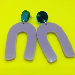 Acrylic U shape earrings