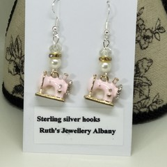 Sewing machine earrings pink