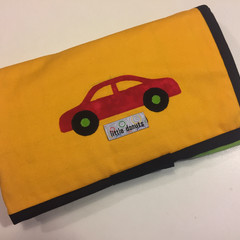 ~ Take-Anywhere Car Playmat in Yellow with 4 pocket 'garage' ~ FREE POSTAGE ~