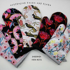 Australian Fauna and Flora Oven Mitts/Oven Gloves Gift