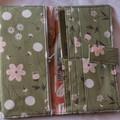 Field flower wallet