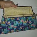 Cactus Clutch with shoulder chain