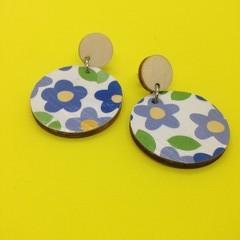 Retro blue/green/yellow/white daisy earrings