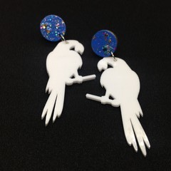 Acrylic white parrots with blue/glitter tops