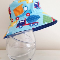 Boys summer hat in vehicle fabric