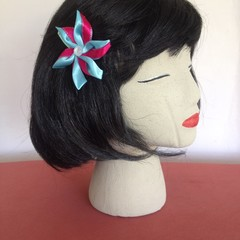 """Teal Surprise Carmen"" Snap Hair Clip"