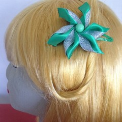 """Green Carmen"" Snap Hair Clip"