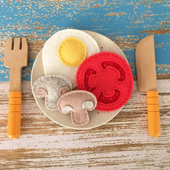 Egg, mushrooms, tomato felt food, play kitchen, pretend food, pure new wool felt