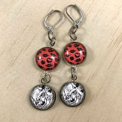 """Faces"" Earrings - Red - 7cm— Silver Plates - Glass Cabochon - Leverback- Unique"