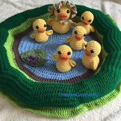 5  little ducks playmat