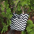 TOMMY BAHAMA FABRIC  PINEAPPLE/CHEVRON REVERSIBLE TOTE