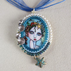 Beautiful Mermaid Pendant / Necklace