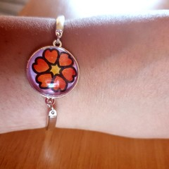 Love heart flower silver bangle