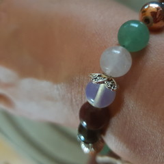 Crystal bead love bracelet