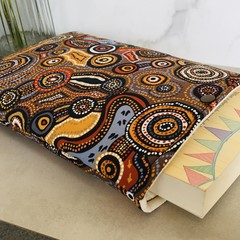 Padded book sleeve. Beautiful aboriginal art print. Booksleeve with Closure