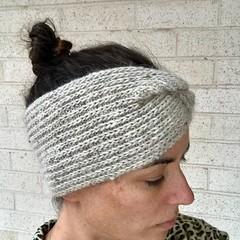 Headband Earwarmer, Adult, FREE POST ,  Wool,  Cream Grey, Hand Knit