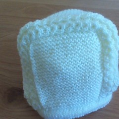 BABY PRINCESS BONNET MADE TO FIT 0 TO 3 MONTHS