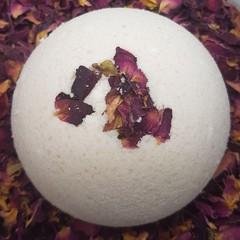 Artisan  Bath Bomb Rose Geranium