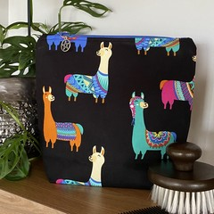 Llama accessory bag -dark blue