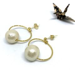 Cotton pearl dangle earrings with hoop