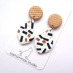 Metallic Confetti  Curvy Drop earrings
