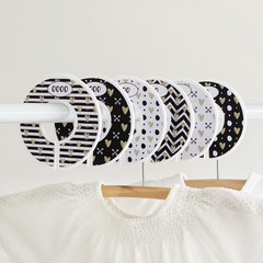 Wardrobe dividers. Black and White hearts. Closet organisers.