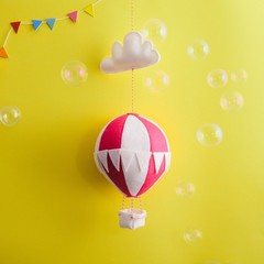 Nightlight Air Balloon Large Red/Cream (With Bunting)
