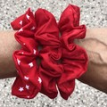 Red scrunchies for Valentine's Day ❤️