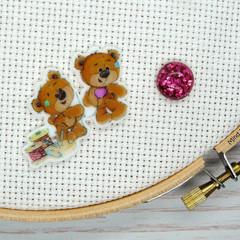 Needle Minder | SEW BEARABLE  Bear #4 | Needleminder | Magnet for Cross Stitch,