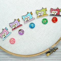 Needle Minder | Cute As A Button Sewing Machine : Polka Dots | Needleminder | Cr