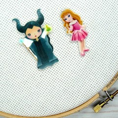 Needle Minder | Interchangeable Sleeping Beauty - Aurora and Maleficent | Needle
