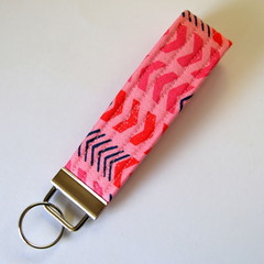 Wrist Key Fob / Key Ring - Arrows on Pink