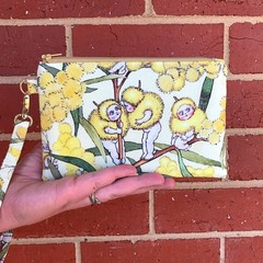 Wristlet - Blossom Babies on Yellow