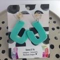 Acrylic J earrings (mint)