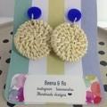 Light raffia disc earrings