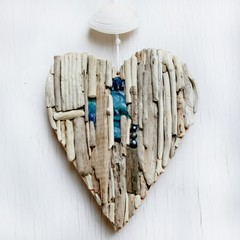 Driftwood heart coastal  wall decor