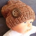 Baby beanie with block pattern & button, fit 6 - 12 mths; 8-ply cotton/wool