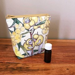 Essential Oil Pouch 5 slots - Blossom Babies on Yellow